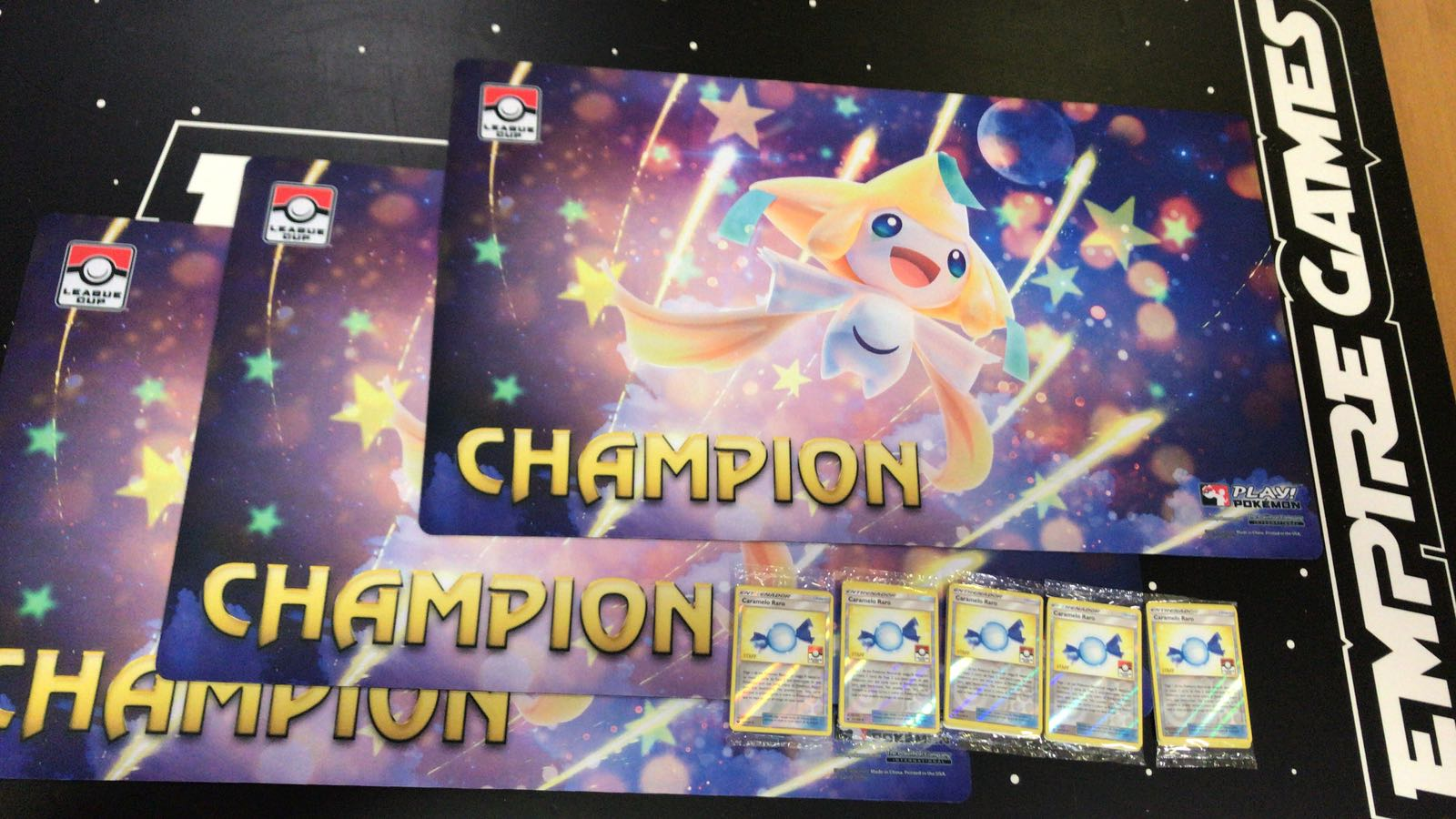Tapete promocional Pokemon TCG League Cup