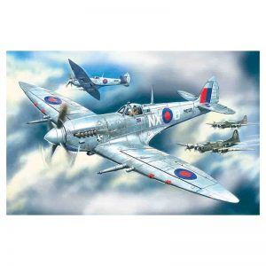 1:48 ICM: Spitfire Mk.VII, WWII British Fight (48062)