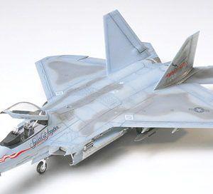 1:72 Tamiya 60763 F-22 Raptor